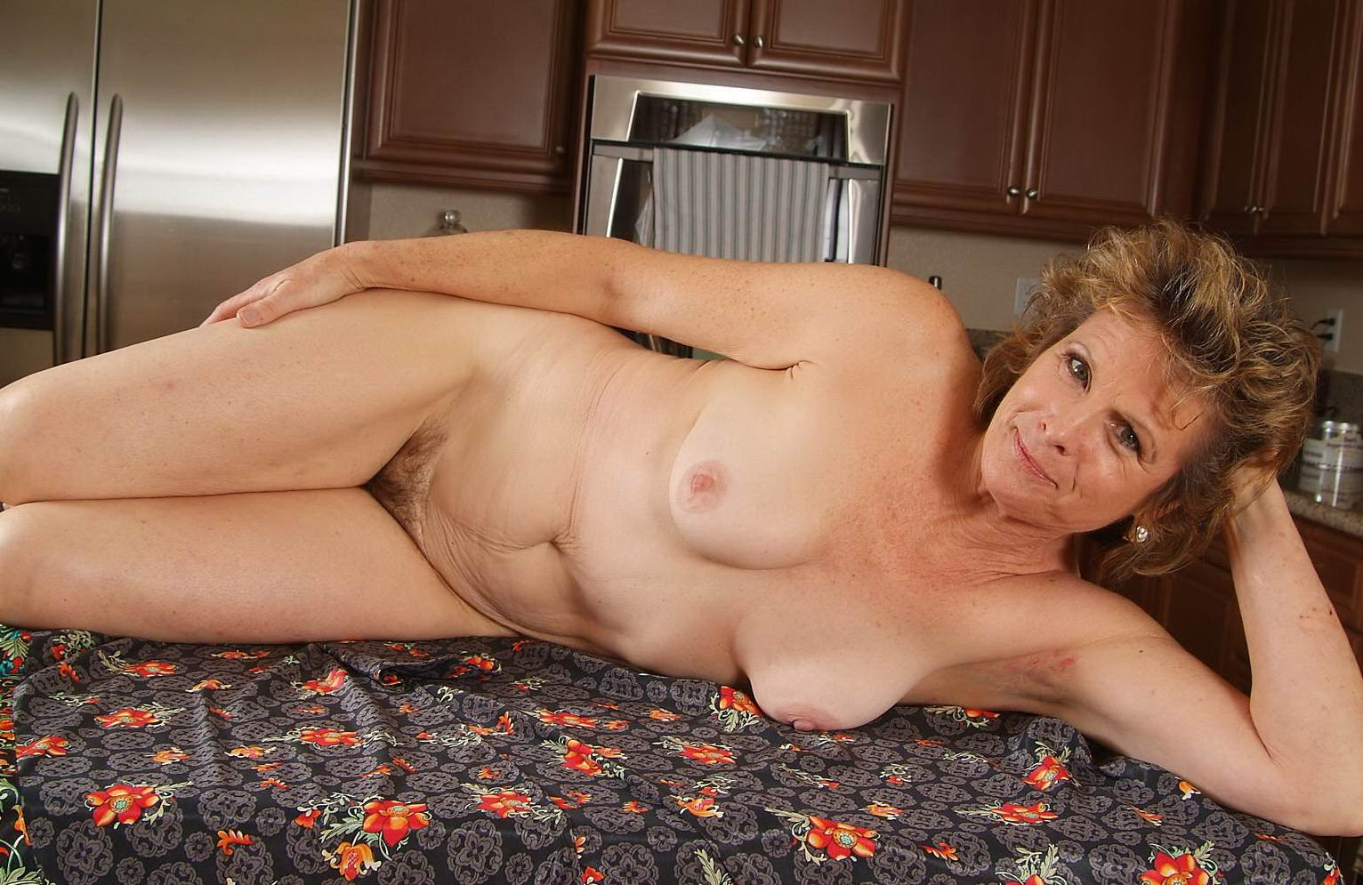 Milf cougar smoking
